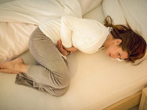 gejala batu ginjal pada wanita