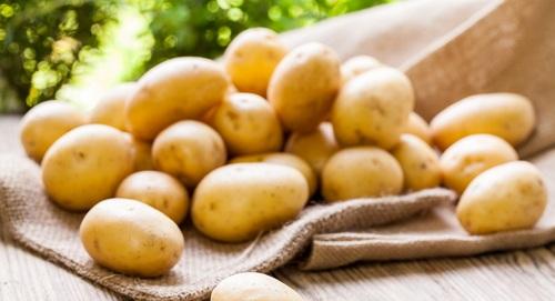 kentang untuk memutihkan ketiak