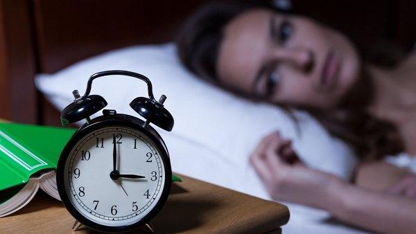 teh hijau dapat menyebabkan seseorang mengalami gangguan susah tidur (insomnia)
