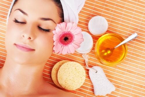 khasiat minyak zaitun untuk wajah
