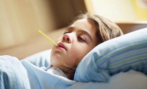 gejala malaria pada anak