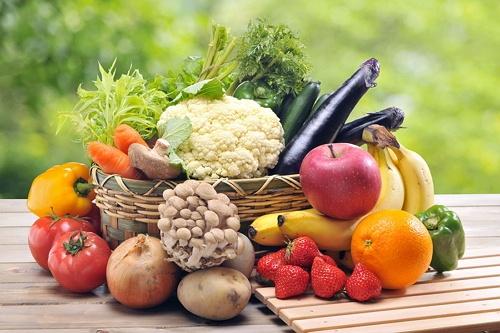 Makan banyak sayur dan buah
