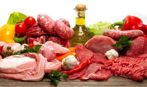 Membatasi asupan lemak, minyak, dan produk-produk hewani
