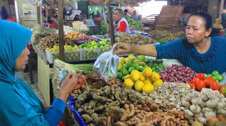 Pedagang di Pasar Tradisional