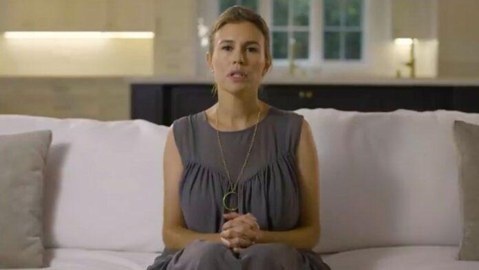 Alexandra Zarini keluarga Gucci skandal pelecehan seksual